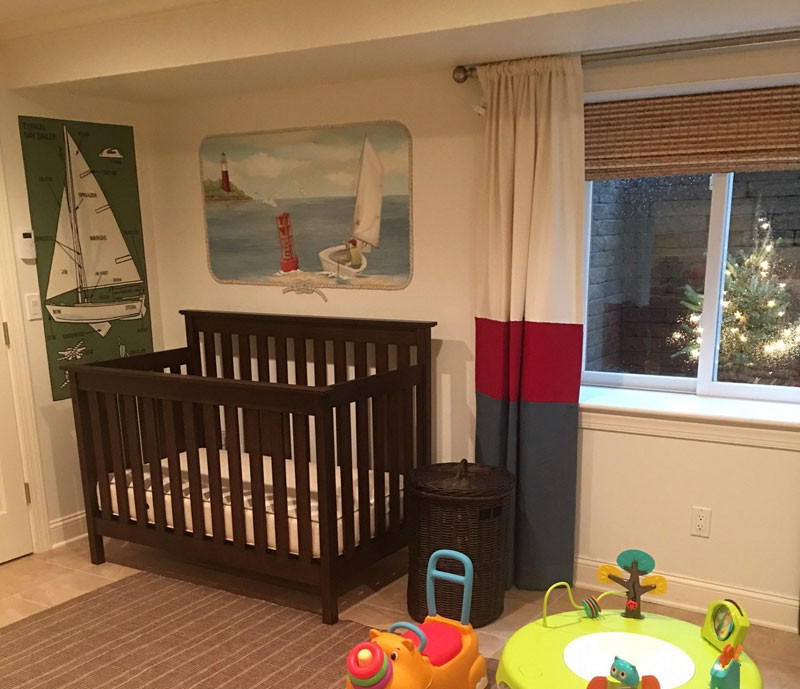 Nursery with sailing theme