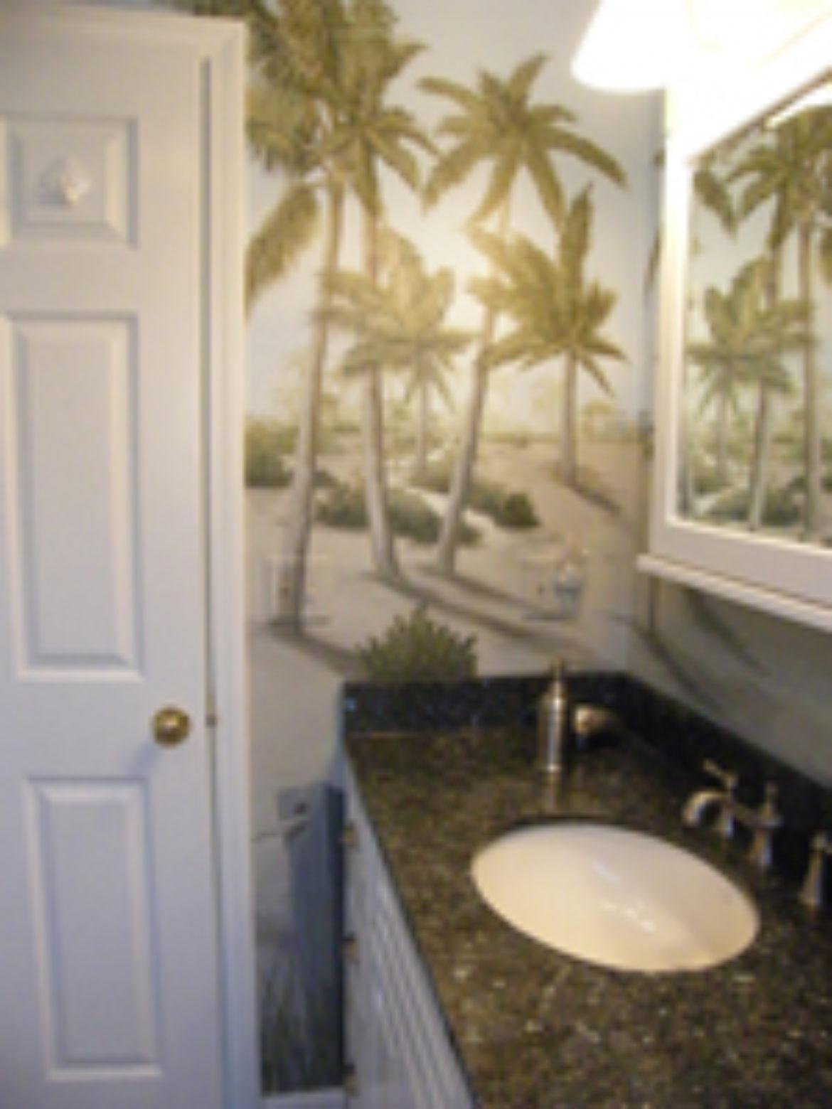 Bath with palm trees