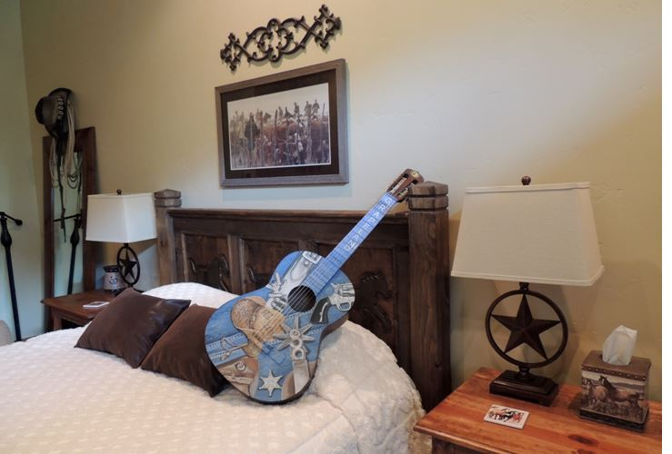 Guitar in the cowboy room